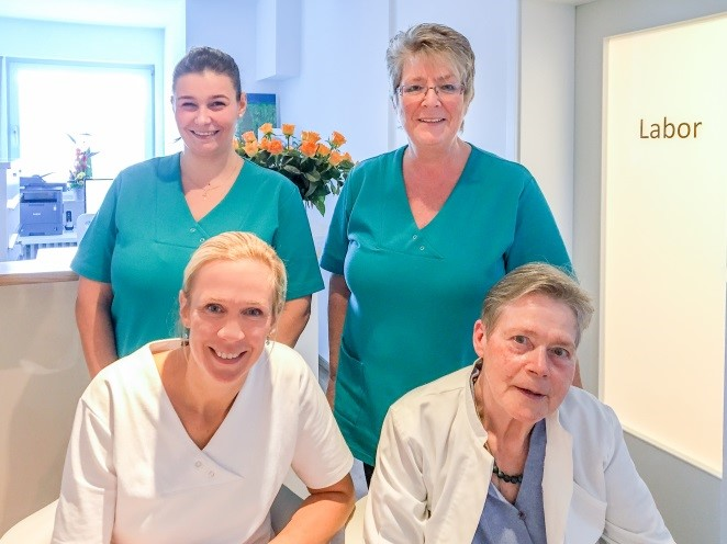 11/2017: Schreiben Dr. Adelheid Schmidt zur Praxisübergabe